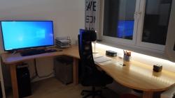 Schreibtisch_1